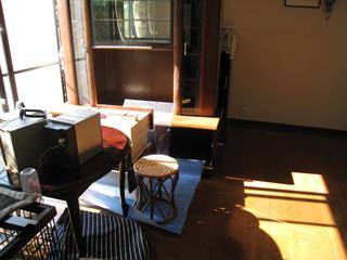 家具移動しながらの施工