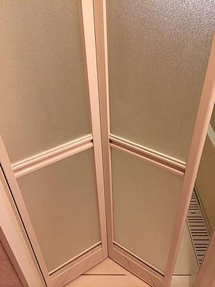 浴室扉施工後